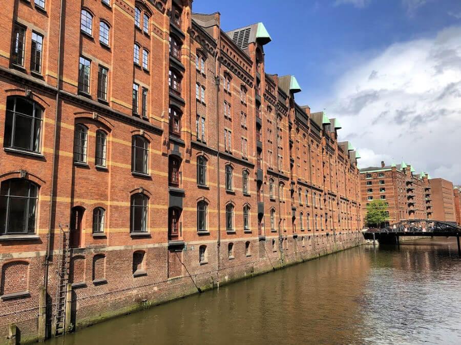 Hamburg in juli, tip: dwaal door de Speicherstadt