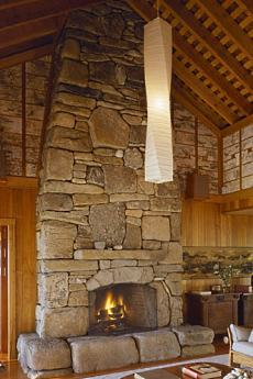 Monumental Stone Fireplace Images    Big Bold  Beautiful