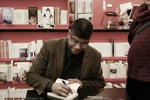 S. Péan chez Gallimard - Alain Mercier 001