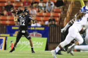 JAMM AQUINO / JAQUINO@STARADVERTISER.COM                                 Hawaii quarterback Chevan Cordeiro throws the football against the San Jose State Spartans during the first half.