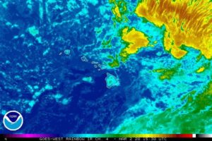 COURTESY NATIONAL WEATHER SERVICE This satellite image shows the weather around Hawaii today.