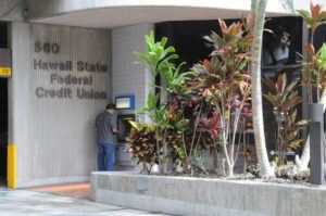 STAR-ADVERTISER / 2011                                 Hawaii State Federal Credit Union office exterior at 560 Halekauwila.
