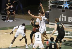 Hawaii basketball team beats Cal Poly