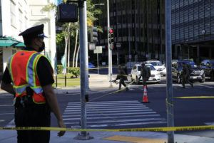 JAMM AQUINO / JAQUINO@STARADVERTISER.COM                                 HPD's Special Services Division arrive on the scene on Friday.