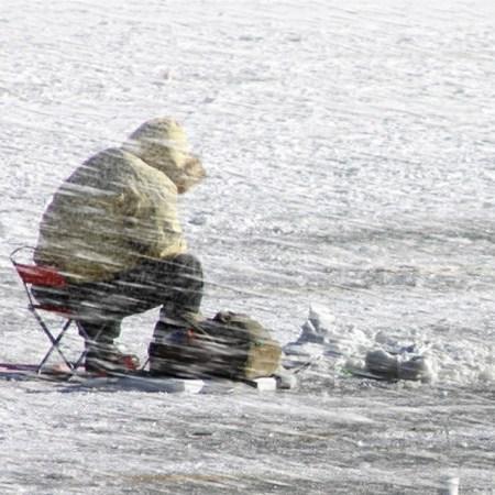 Около Старой Майны заблудился рыбак
