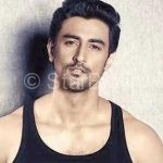 Kunal Kapoor Height, Weight, Age, Wife, Family, Wiki, Biography