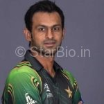Shoaib Malik Height, Weight, Age, Biography, Wiki, Salary, Wife, Family