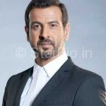 Ronit Roy Wiki, Age, Height, Biography, Wife, Family, Brother, Profile