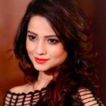 Adaa Khan Biography, Age, Height, Wiki, Husband, Family & Biodata