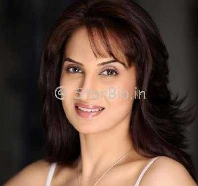 Smita Gondkar Height, Weight, Age, Wiki, Biography, Husband, Family