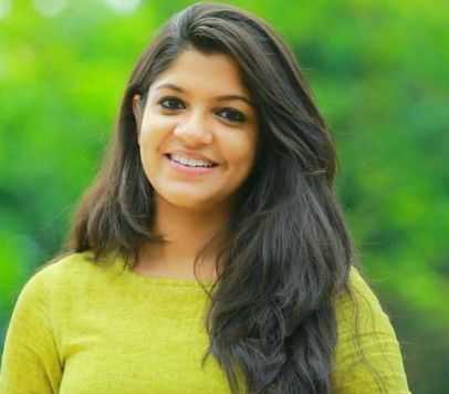 Aparna Balamurali Height, Age, Biography, Wiki, Boyfriend, Family
