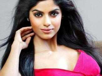Sayantani Ghosh Height, Weight, Age, Biography, Wiki, Boyfriend, Family