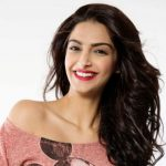 Sonam Kapoor Height, Weight, Age, Biography, Wiki, Husband, Family