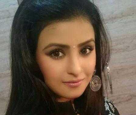 Akanksha Awasthi Height, Weight, Age, Wiki, Bio, Boyfriend, Family