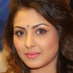 Madhu Shalini Height, Weight, Age, Biography, Wiki, Husband, Family