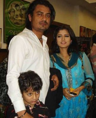 Srabanti Chatterjee and Rajiv Kumar Biswas With Their Son Abhimanyu