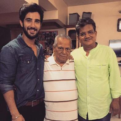 Aditya Seal With His Grandfather (In Middle) And Father