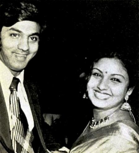 Leena Chandavarkar With Her First Husband Siddharth Bandodkar