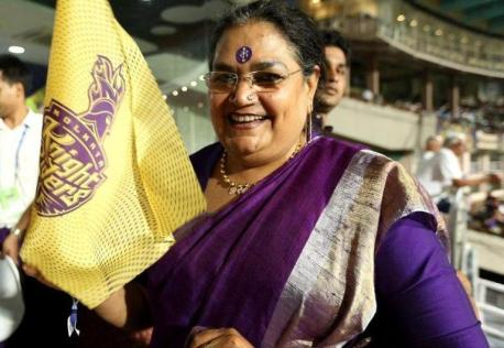 Usha Uthup Supporting Kolkata Knight Riders