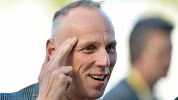 Ewen Bremner is in a relationship with Marcia Rose since 1995.