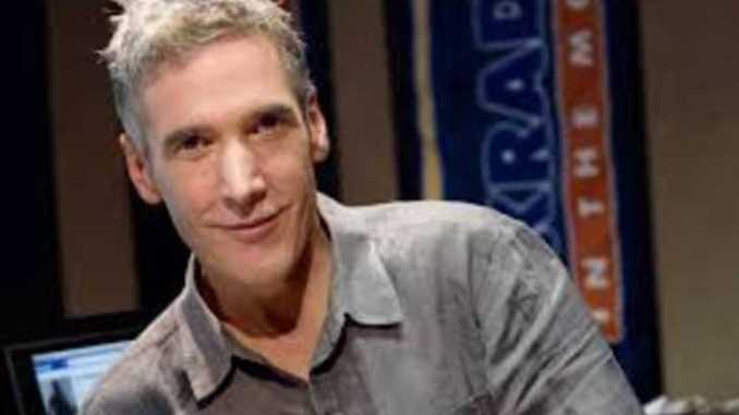 Kidd Kraddick, blonde and grey shirt.