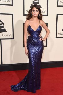selena gomez sequin navy blue fashion prom dress grammys 2016 red carpet