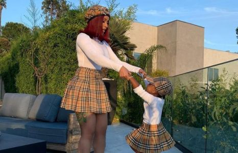 Cardi B with her daughter