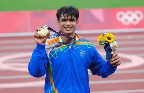 Neeraj Chopra with his Olympic Gold Medal