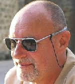 Alan Pearce, jurnalist britanic.