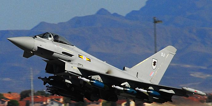 NATO are mereu alte incidente cu avioane ruseşti de luptă