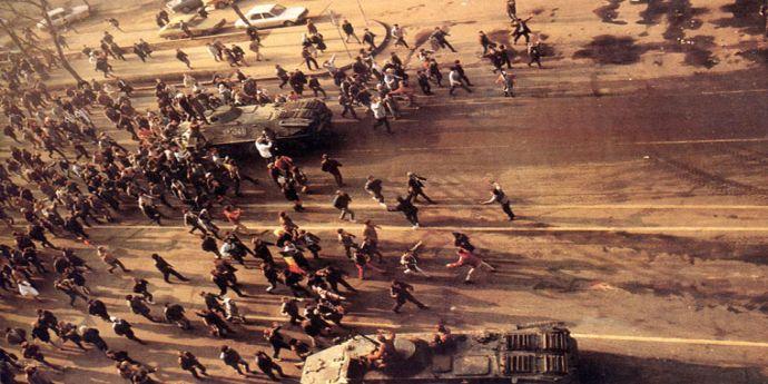 Dosarul Revoluţiei. Procurorii extind urmărirea penală