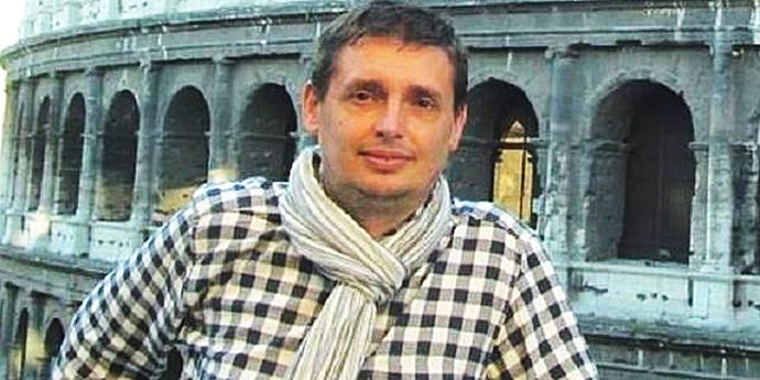 Radio România va plăti în instanţă unui angajat daune morale