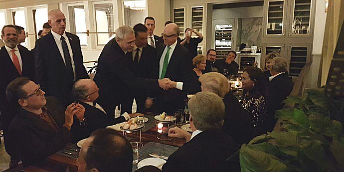 Liviu Dragnea s-a tras în poză cu Donald Trump pe bani grei