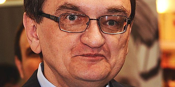 Victor Ciorbea ar ataca mâine la CCR ougeurile elefantului