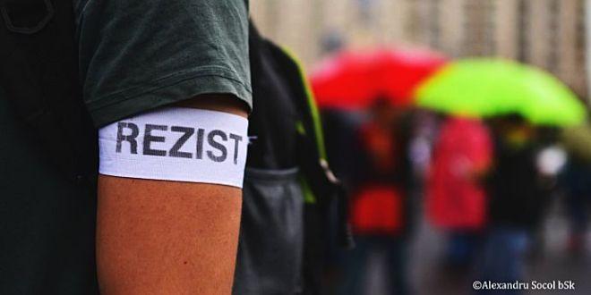 protestăm'