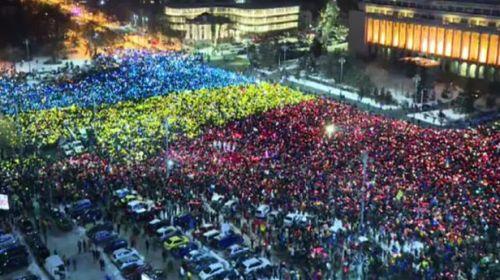Bucureştiul e al Diasporei. Tot mai mulţi români se adună la Piaţa Victoriei