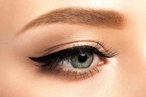 Groomed Eyebrows