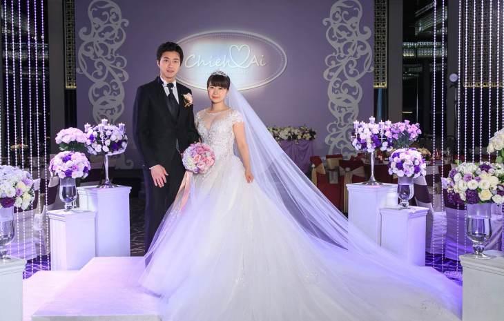 台灣桌球健將江宏傑元旦迎娶日本桌球天后福原愛 福原愛紫色晚禮服驚豔全場