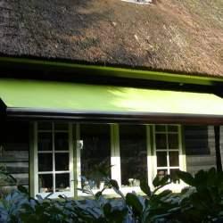 Zonnescherm aan boerderij – Zwaag