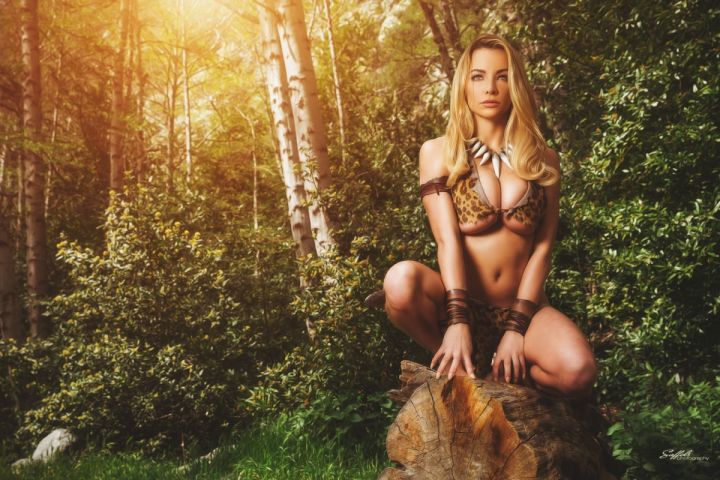Bikini model Lindsay Pelas cosplaying as a Jungle Girl