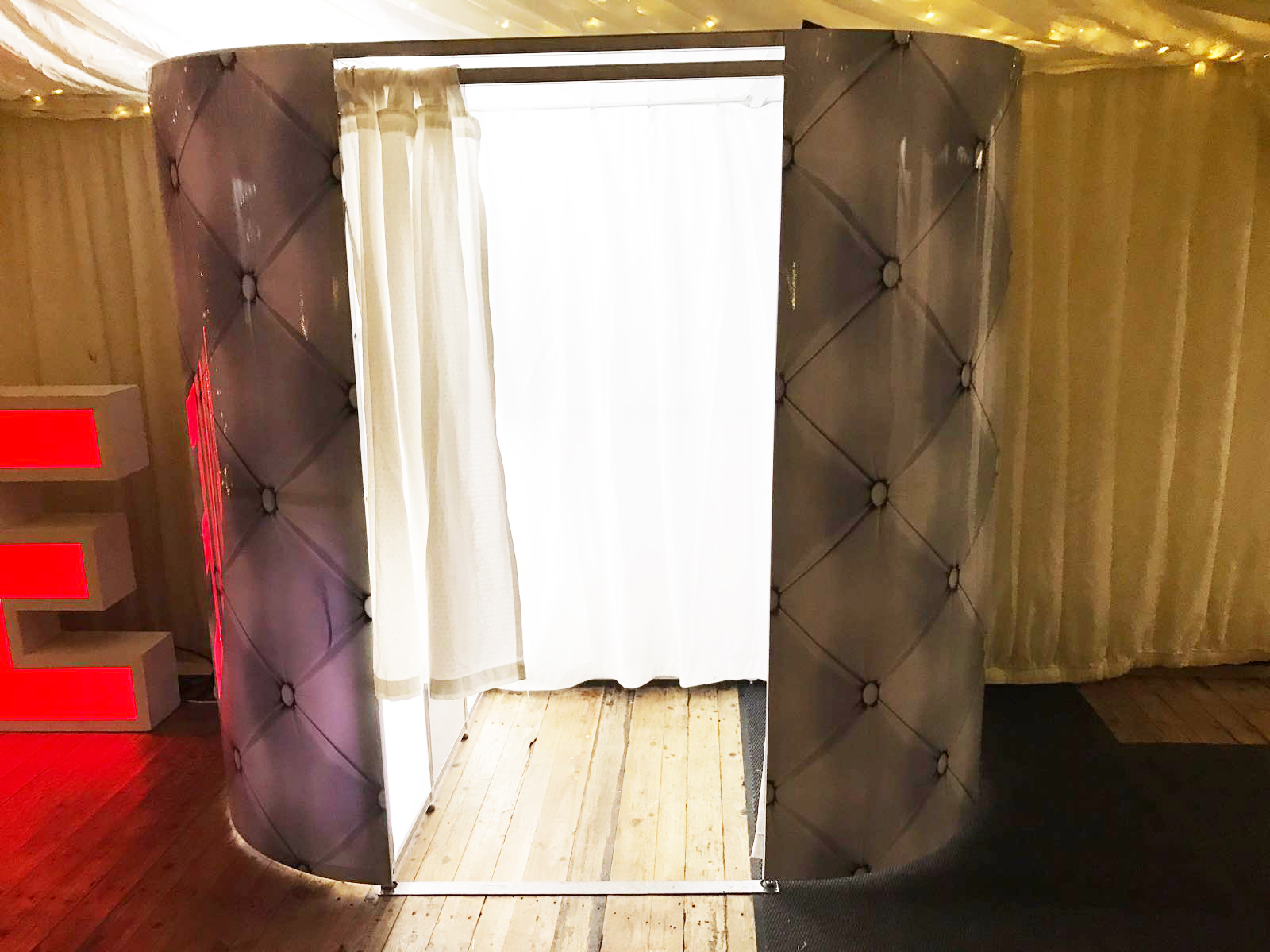 chair covers for hire south wales oversized lounge chairs photo booth starlight events