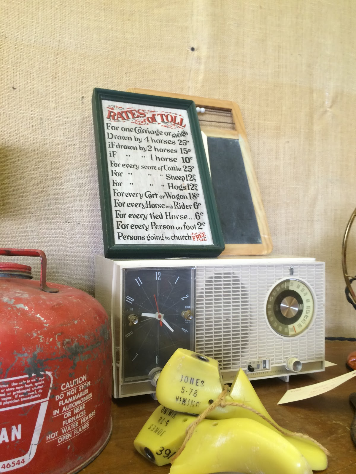 Starlite Vintiqs at Mid-Cities Antique Mall