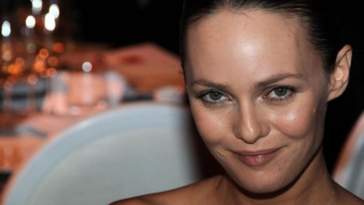 Vanessa Paradis : De nouveau en couple ?