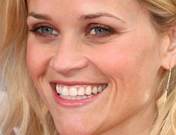 Reese Witherspoon, ivre, se ridiculise devant Cara Delevingne