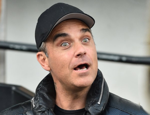 Robbie Williams est devenu «presque vegan» suite à une chute