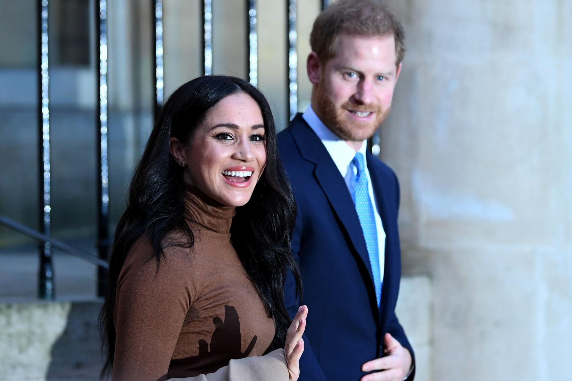 Meghan Markle et le prince Harry viennent de signer un mystérieux contrat avec une agence de communication réputée aux États-Unis.