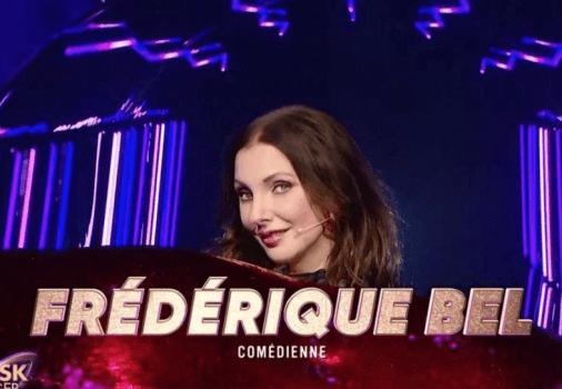 """Exclu. """"Les acteurs ne devraient pas faire ça"""" : Frédérique Bel révèle les critiques qu'elle a reçues pour sa participation à Mask Singer"""