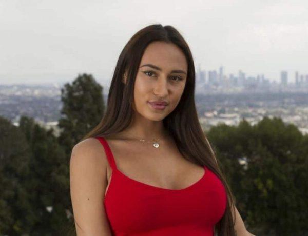Astrid Nelsia avoue ne pas réussir à être elle-même dans les programmes de télé-réalité
