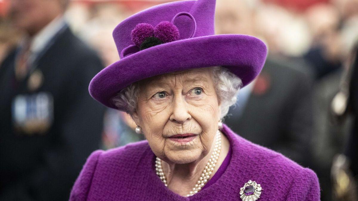 Elizabeth II «contemplative»: Les internautes s'inquiètent pour la reine