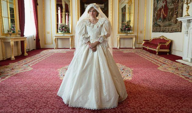 Emma Corrin est Lady Diana dans The Crown